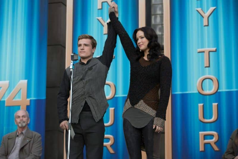 Jennifer Lawrence and Josh Hutcherson in the Hunger games""