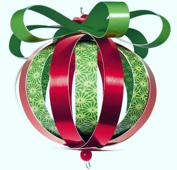 Christmas balls made of paper 2