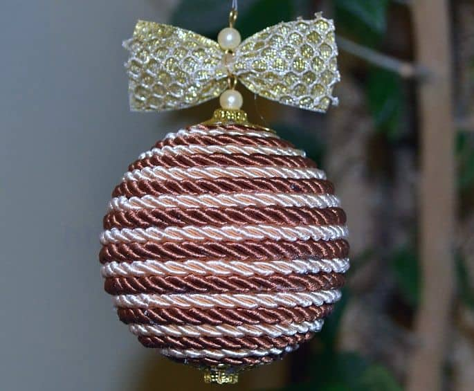 Christmas balls from a harness
